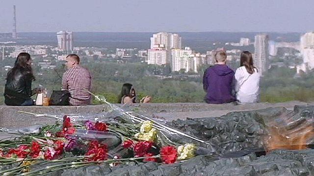 اوكرانيا تحتفل بذكرى الحرب العالمية الثانية في الثامن والتاسع من مايو/ايار