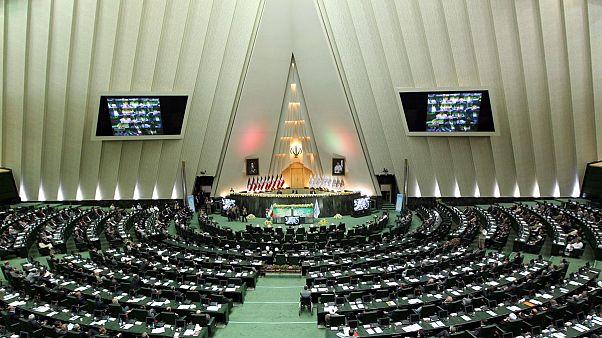 نقش احزاب تازه تاسیس در فضای سیاسی ایران