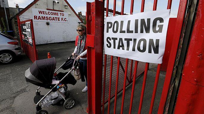 Választási lázban égnek a britek