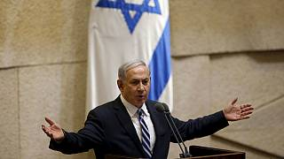 İsrail'de rakipler koalisyonda birleşti