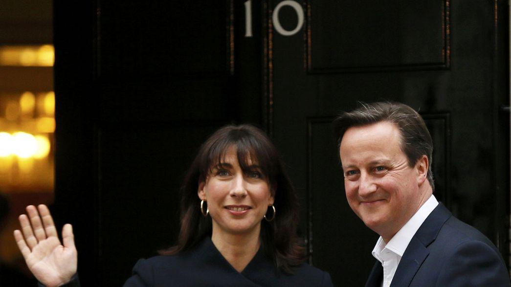 Absolute Mehrheit für Camerons Konservative - Labour-Chef Miliband zurückgetreten