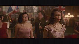 """""""A Royal Night Out"""". Dos princesas celebran de incógnito el Día de la Victoria en Londres"""