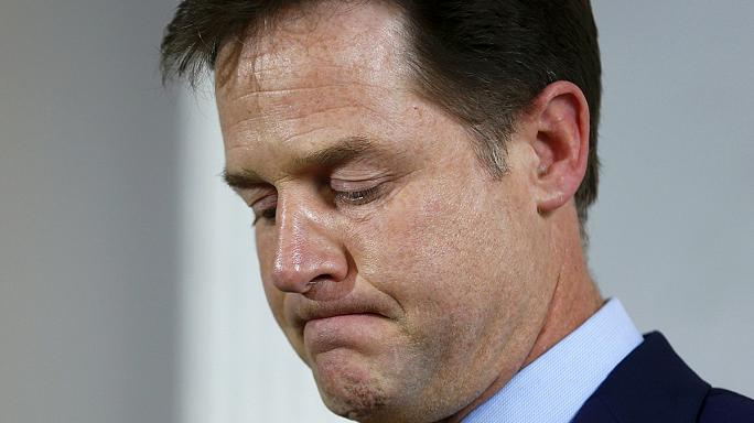 Autre grand perdant des législatives, Nick Clegg démissionne aussi