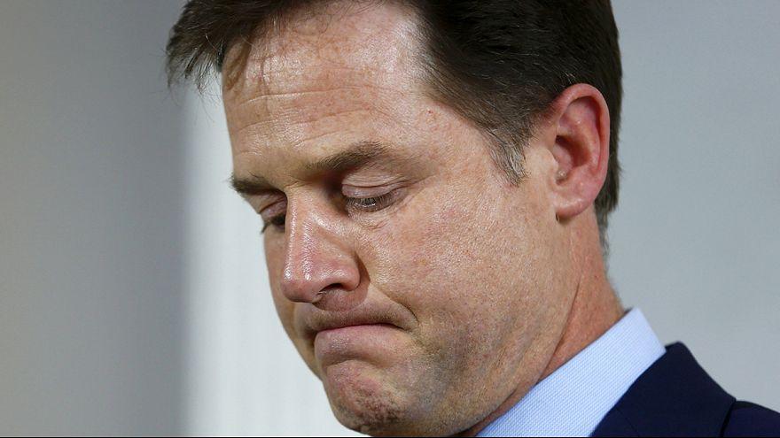 Лидер британских либерал-демократов подал в отставку
