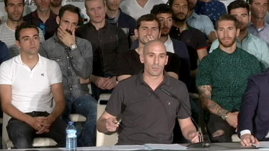 اضراب لاعبي كرة القدم في اسبانيا