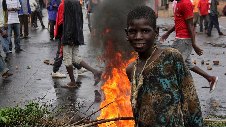 Día de tregua en Burundi tras los enfrentamientos por las aspiraciones a un tercer mandato del actual presidente