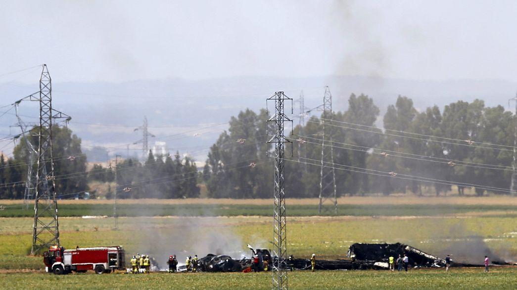 Al menos tres muertos en el accidente de un avión militar en el sur de España