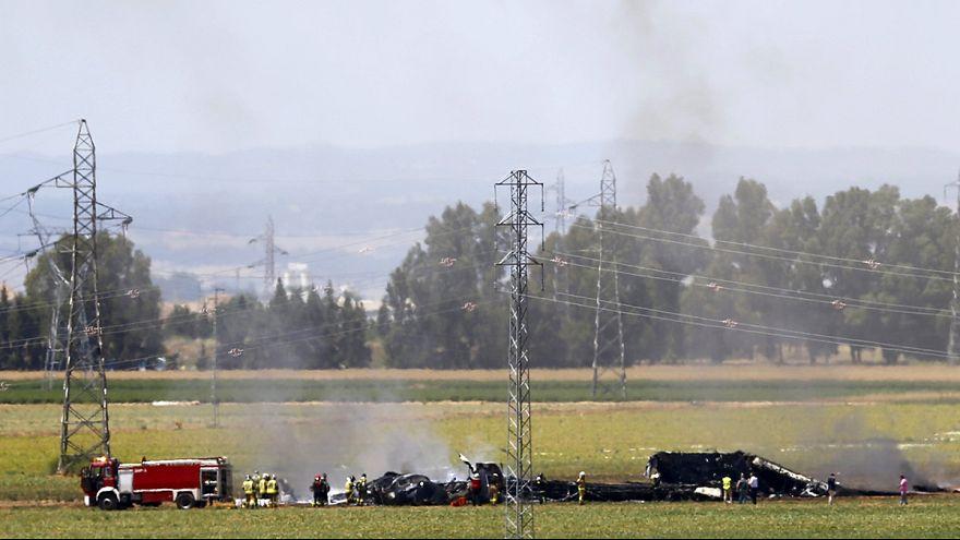 مقتل  ثلاثة ركاب على الأقل  إثر تحطم طائرة عسكرية قرب إشبيلية