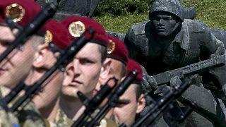 أوكرانيا تواصل إحياء مراسم عيد النصر على النازية