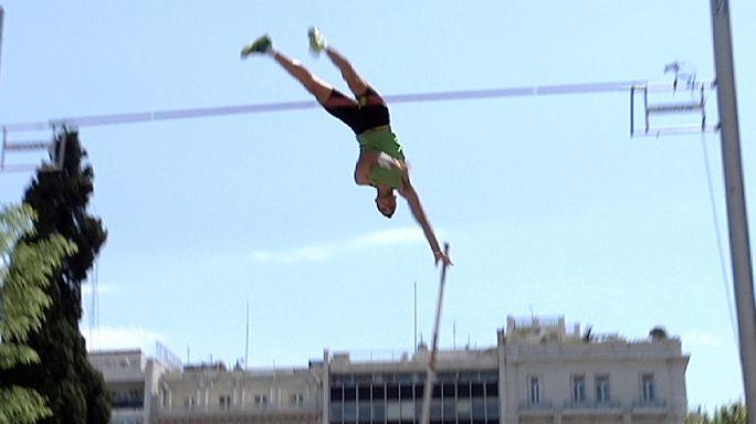 Atina'da Piotr Lisek en yükseğe atladı