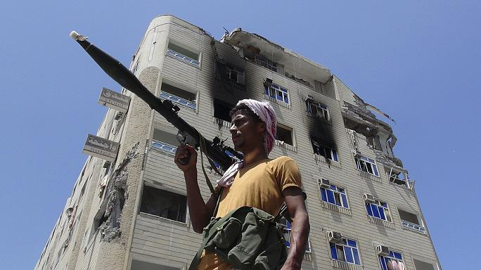 Igent mondtak a tűzszünetre a jemeni lázadók