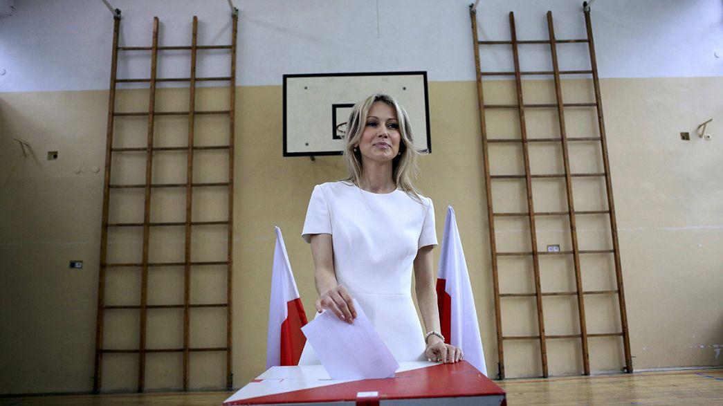 Primeira volta das presidenciais na Polónia