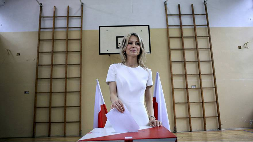 First round voting underway in Polish presidential election