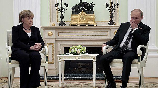 Меркель: отношения России и Германии ухудшились из-за Крыма и Донбасса