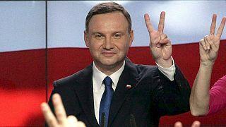 Präsidentschaftswahl in Polen: Herausforderer Duda vorn