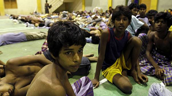 Myanmar zulmünden kaçan göçmenler kurtarıldı