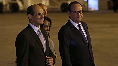 An historic trip for France's Francois Hollande in Cuba
