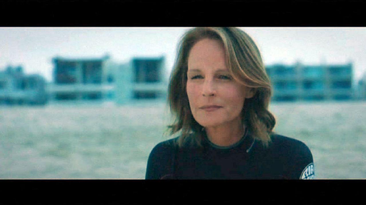 «Ride»: Η Έλεν Χαντ παλεύει με τα κύματα της Καλιφόρνια