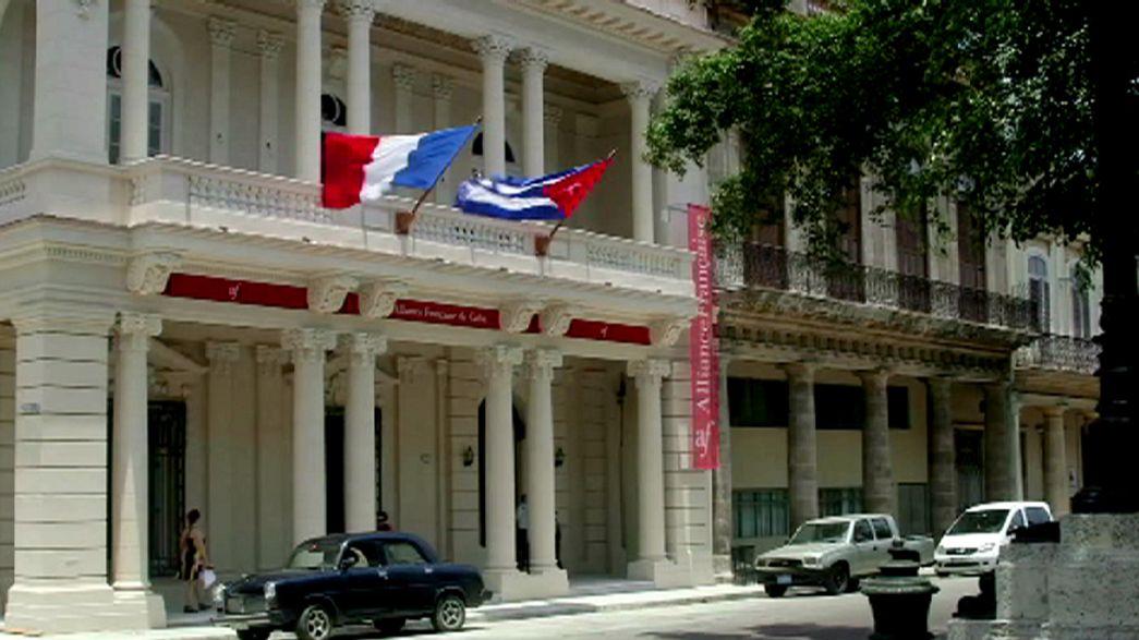 François Hollande quer incrementar os laços com Cuba