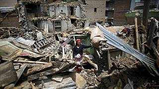 Nepal: A terra vai continuar libertar pressão sísmica
