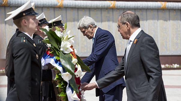"""John Kerry tilda de """"francas"""" las negociaciones con Putin sobre Ucrania, Siria e Irán"""