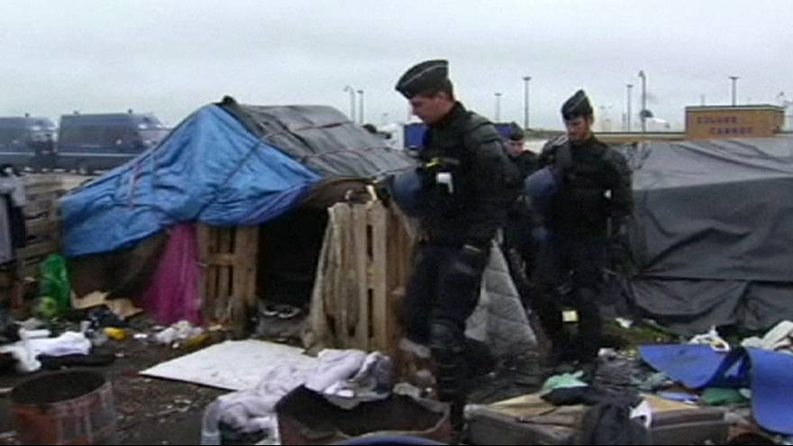 French ombudsman investigates video of police crackdown on migrants in Calais