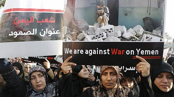 Yemen ateşkese yoğun bombardımanla girdi
