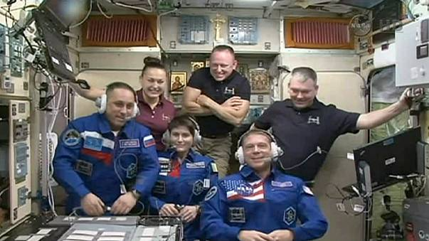 Delayed return of thee ISS crew members due to Progress burn-up