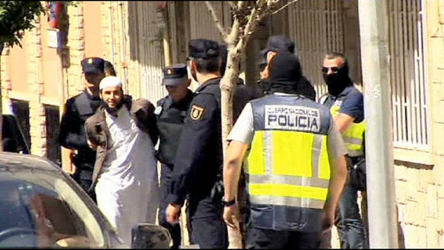 پلیس بارسلون دو نفر را در ارتباط با داعش دستگیر کرد
