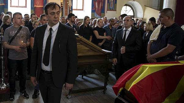 Makedon hükümetinde istifa depremi