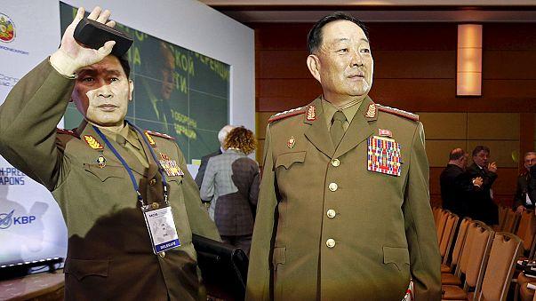 В КНДР из зенитки расстреляли министра обороны