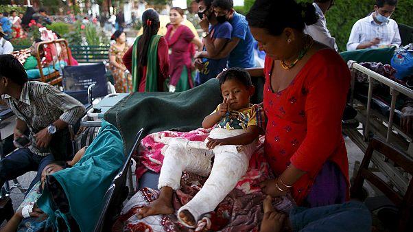Nepal'de deprem korkusu sürüyor