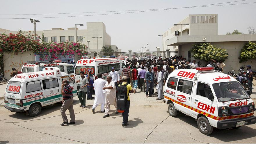 Pakistan: attentato a Karachi contro musulmani ismailiti