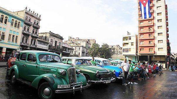 Küba'da eski model otomobillerin sayısı her geçen gün azalıyor