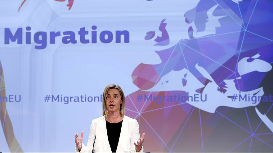 Какие страны ЕС любят беженцы, какие страны ЕС любят беженцев: доклад Eurostat за 2014 г.