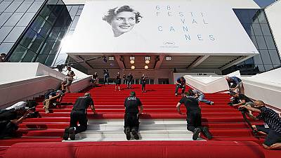 Catherine Deneuve im Eröffnungsfilm der Festspiele von Cannes