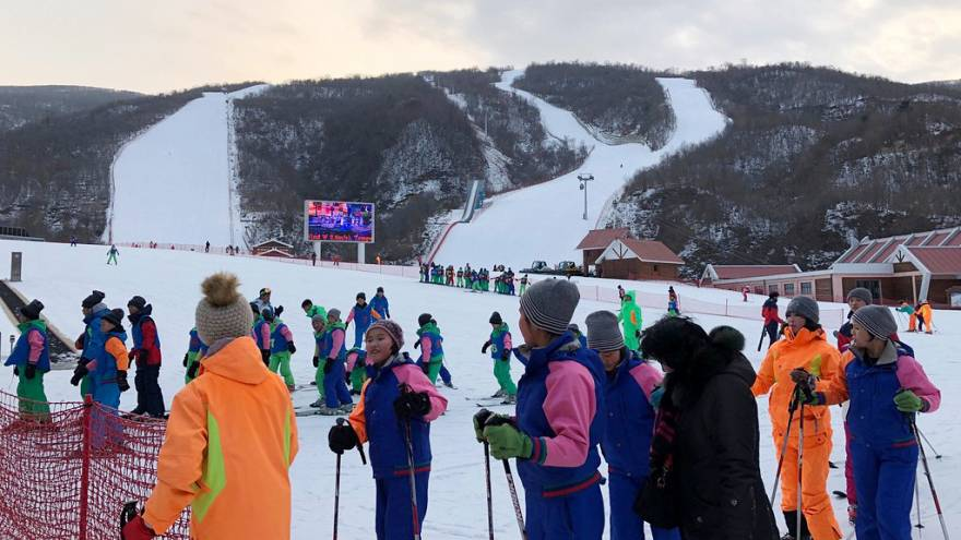 Image: Skiers from North and South Korea line up at the Masikryong Ski Reso