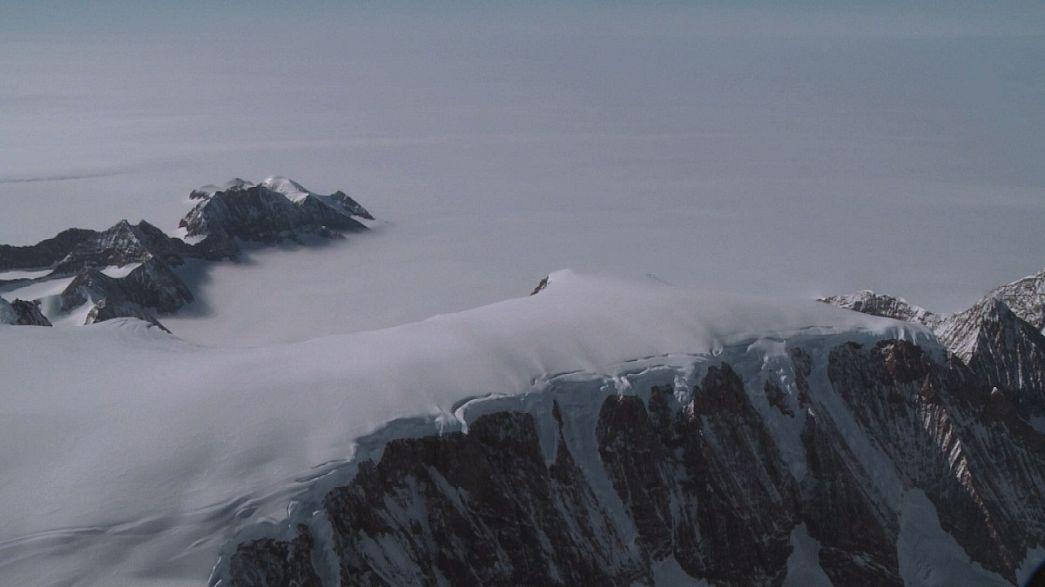 Melting of Larsen C ice shelf in Antarctic may raise sea levels