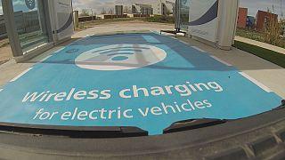 E-Auto-Revolution: Aufladen in 20 Minuten - ohne Kabel
