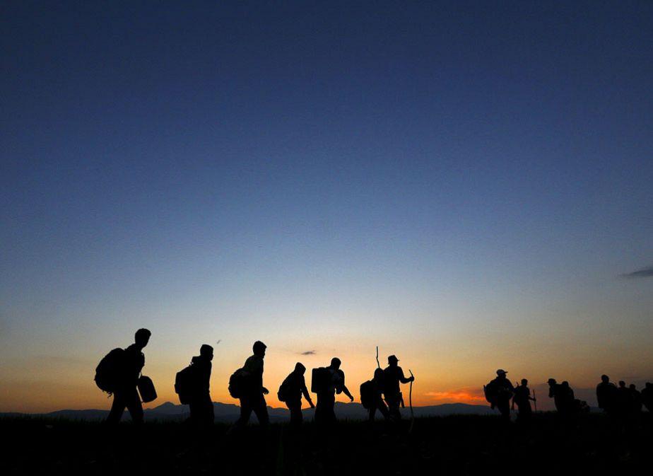 Migrants à contre-jour