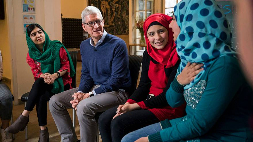 Image: Apple CEO Tim Cook and Nobel Peace Prize Laureate Malala Yousafzai s