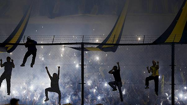 River Plate players sprayed with eye irritant by Boca fans in Buenos Aires
