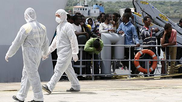 Ιταλία: Διάσωση μεταναστών με γερμανική φρεγάτα