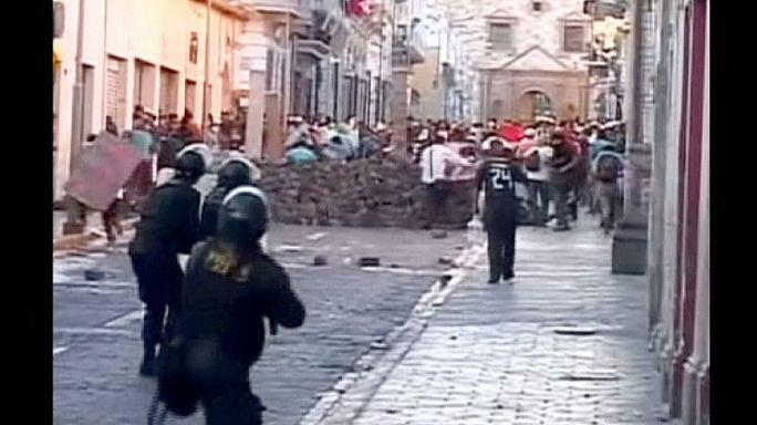 Utcakövekkel a perui rézbánya ellen
