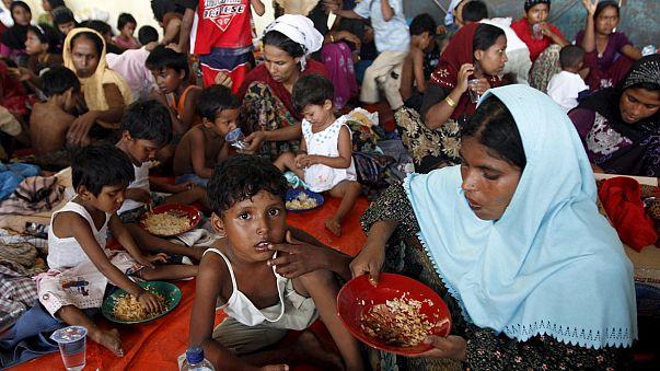 Binlerce göçmen Endonezya ve Tayland'a sığındı
