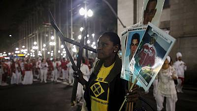 Rio de Janeiro: Protestos no Morro de São Carlos
