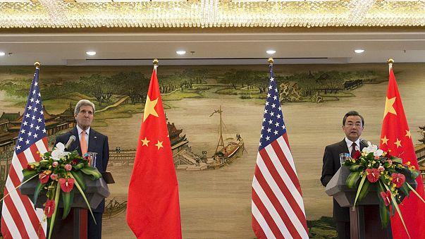كيري في الصين للتخفيف من حدة التوتر حول جزر سبراتلي