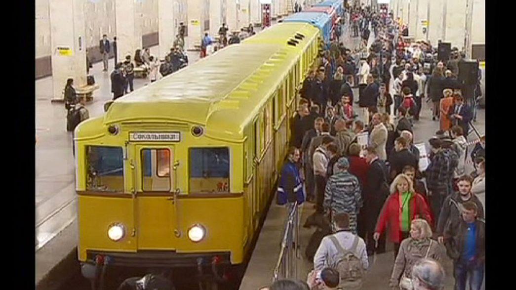 Kétnapos buli a 80 éves moszkvai metróban