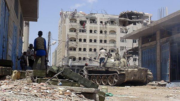 درگیری در تعز باوجود اعلام آتش بس در یمن