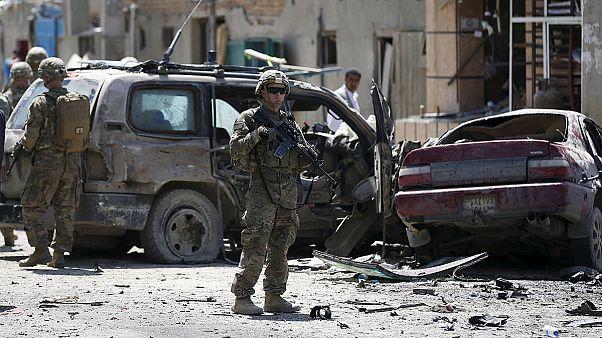 حمله انتحاری یک خودرو حاوی بمب در نزدیکی فرودگاه کابل